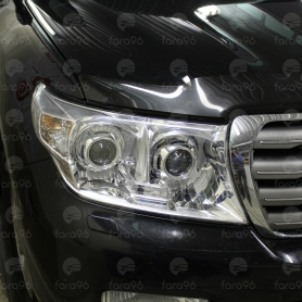 Toyota Land Cruiser 200 - установка биксеноновых линз Koito Q5